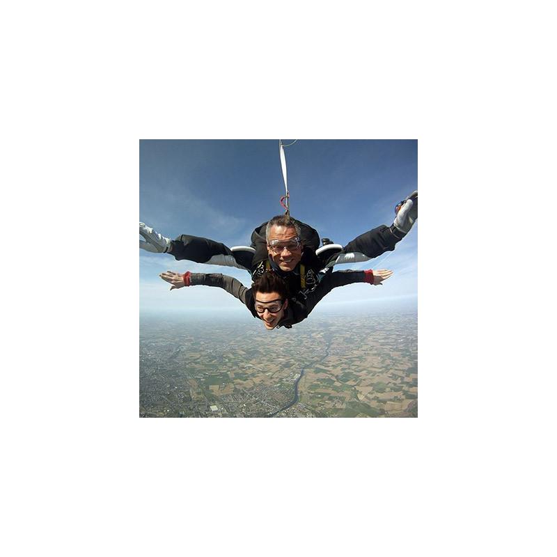 Saut en parachute merville pr s de lille et lens nord - Saut en parachute bretagne pas cher ...